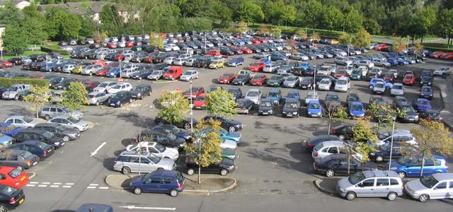Řešení parkování: sdílení aut